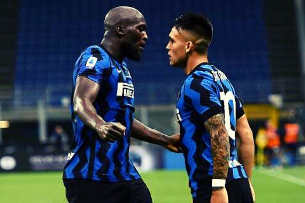 Inter-Napoli 2-0: azzurri spreconi