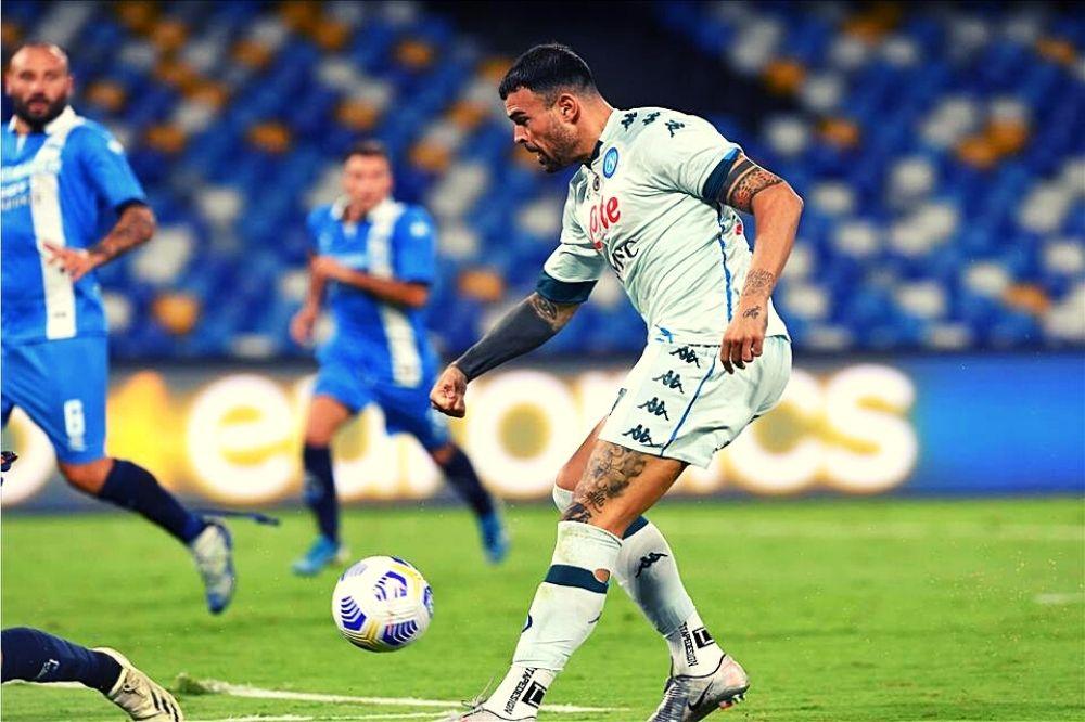 Napoli-Pescara 4-0: show di Petagna al San Paolo