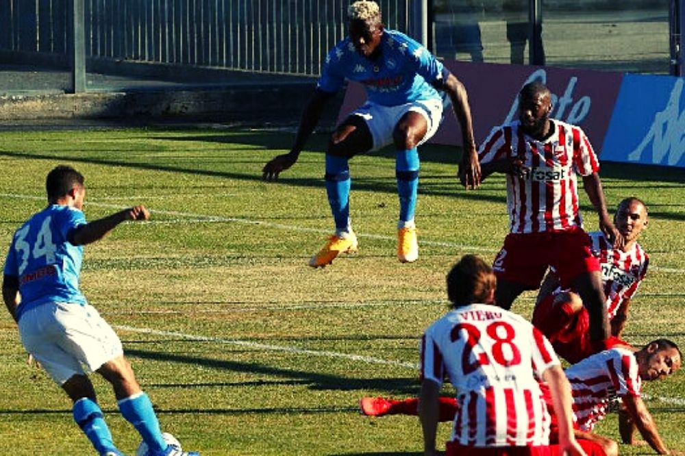 Napoli-Teramo 4-0: tripletta di Osimhen, che diventa già una certezza