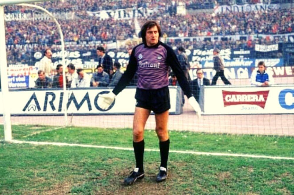 Claudio Garella: bio di Garellik